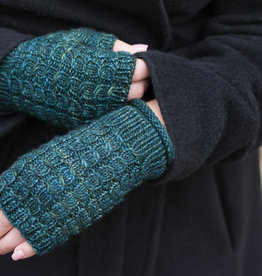 Knox Mountain Pattern Heartnut Mitts