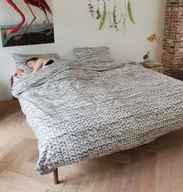 Snurk Duvet Cover: Yarn