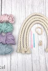 Rosemade Fibre Arts Rainbow Kit