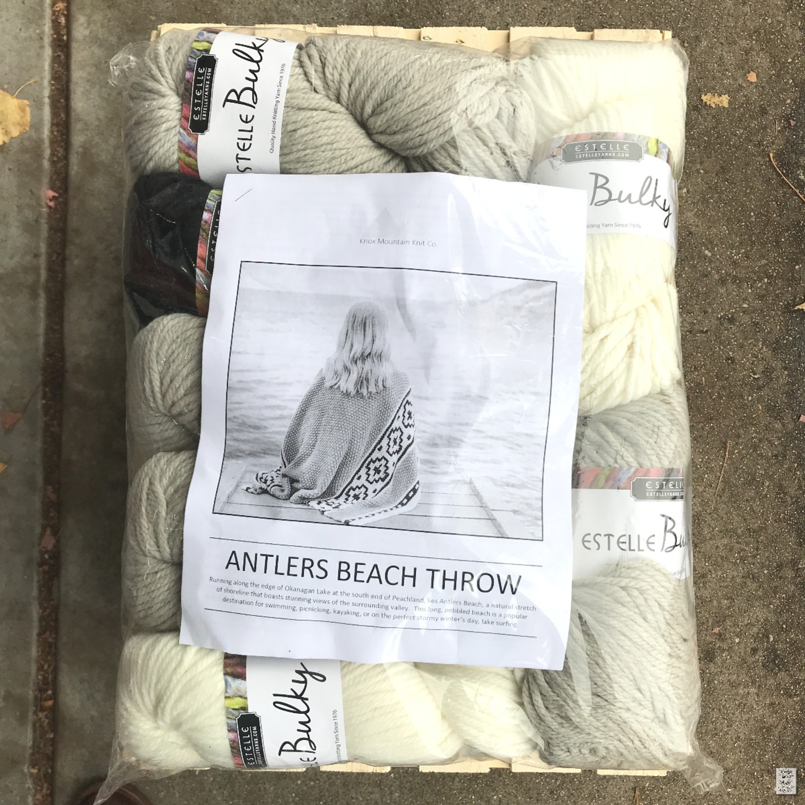Antlers Beach Throw Kit