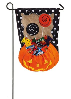 ****Candy Pumpkin Garden Burlap Flag