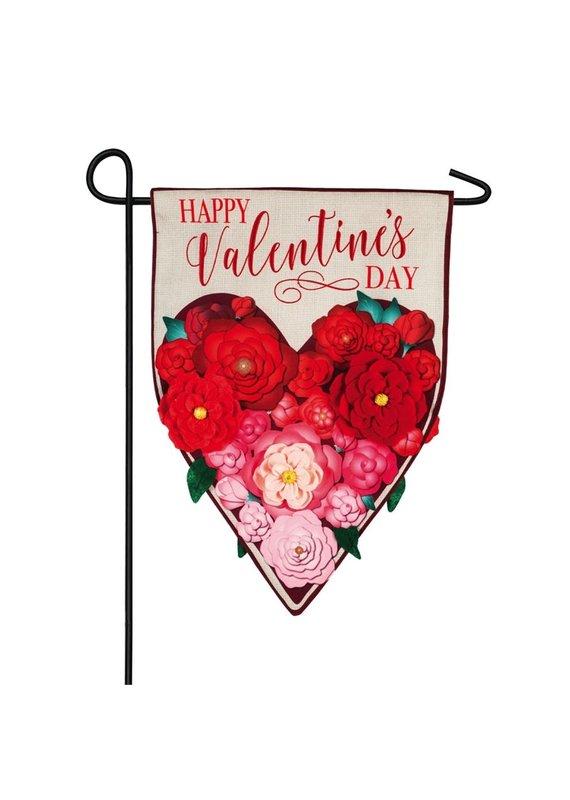 ***Floral Ombre Heart Garden Linen Flag
