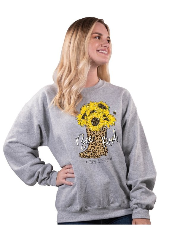 ****Simply Southern Bee Kind Cheetah Sweatshirt
