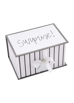 ****Surprise Baby! Your Choice Announcement Onesie Gift Set
