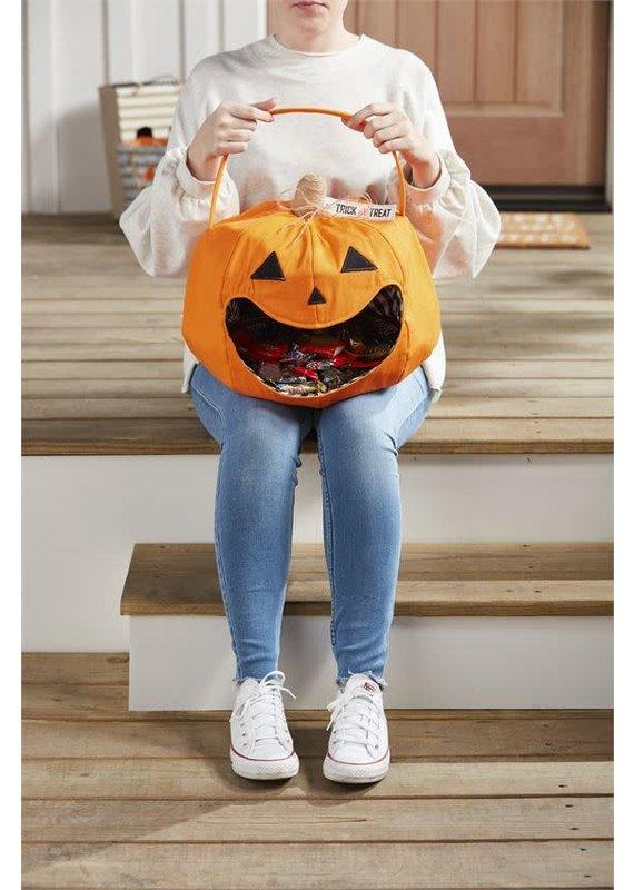 ****Halloween Pumpkin Candy Bucket