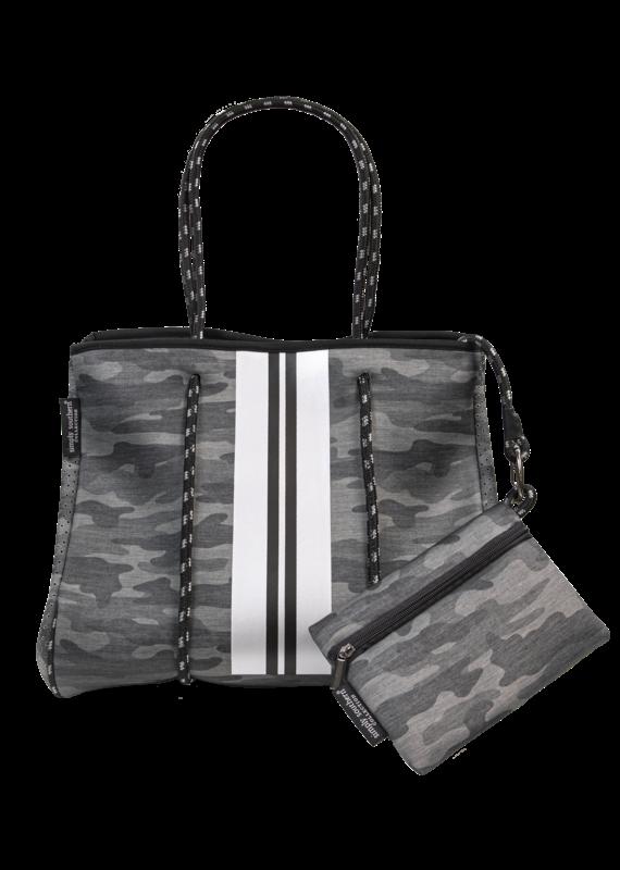 *****Simply Southern Neoprene Camo Bag