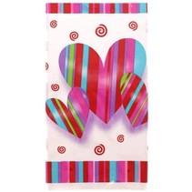 **Hearts & Stripes Plastic Tablecover