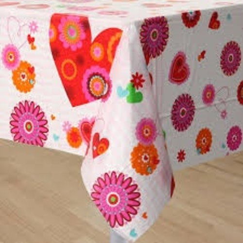 **Hearts In Bloom Plastic Tablecover