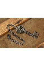 Elope Steampunk Key Necklace