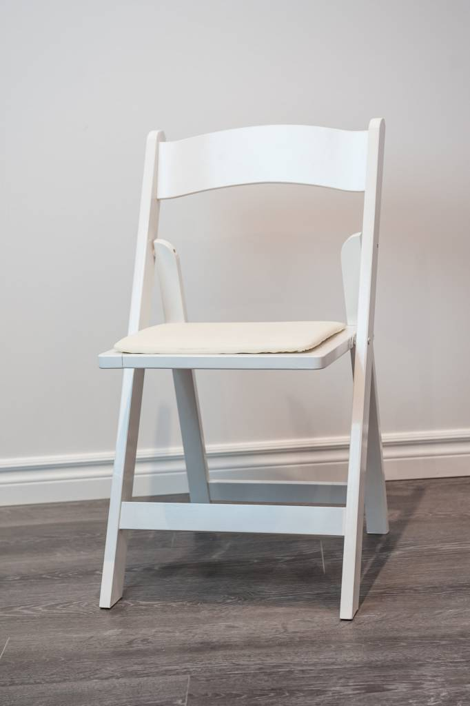 Incredible Rental White Wooden Folding Chair 1Day Ibusinesslaw Wood Chair Design Ideas Ibusinesslaworg