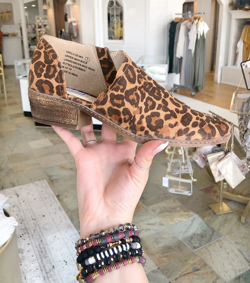Just One More Minite Leopard Flats