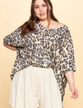 PLUS V Neck Animal Print SS Knit Top