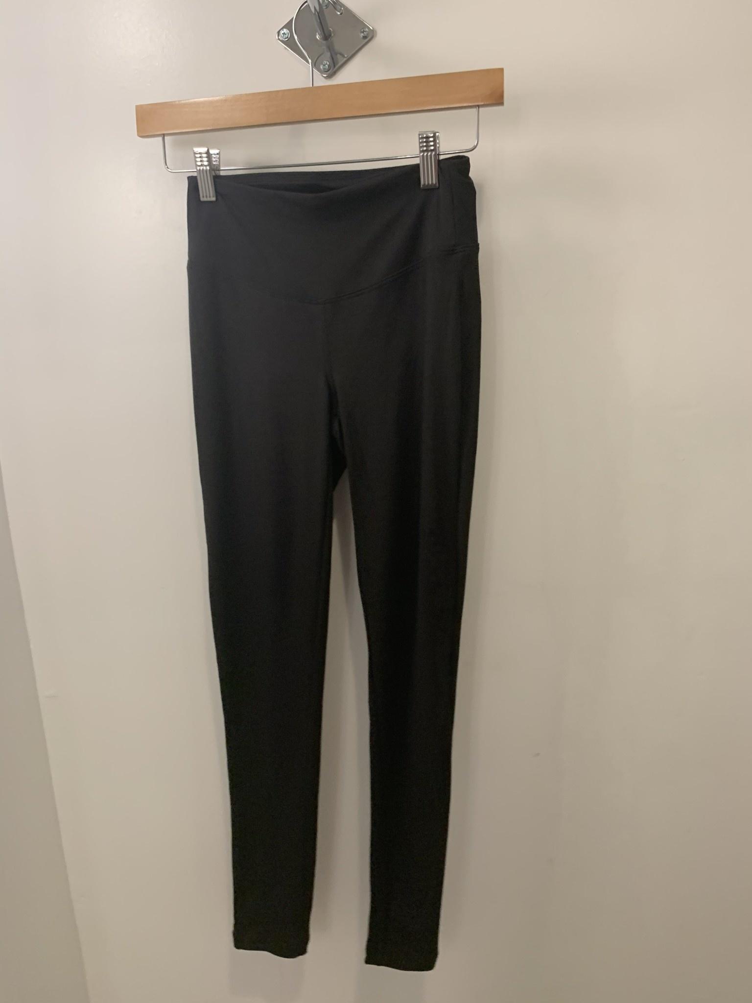 Wide Waistband Leggings in Black