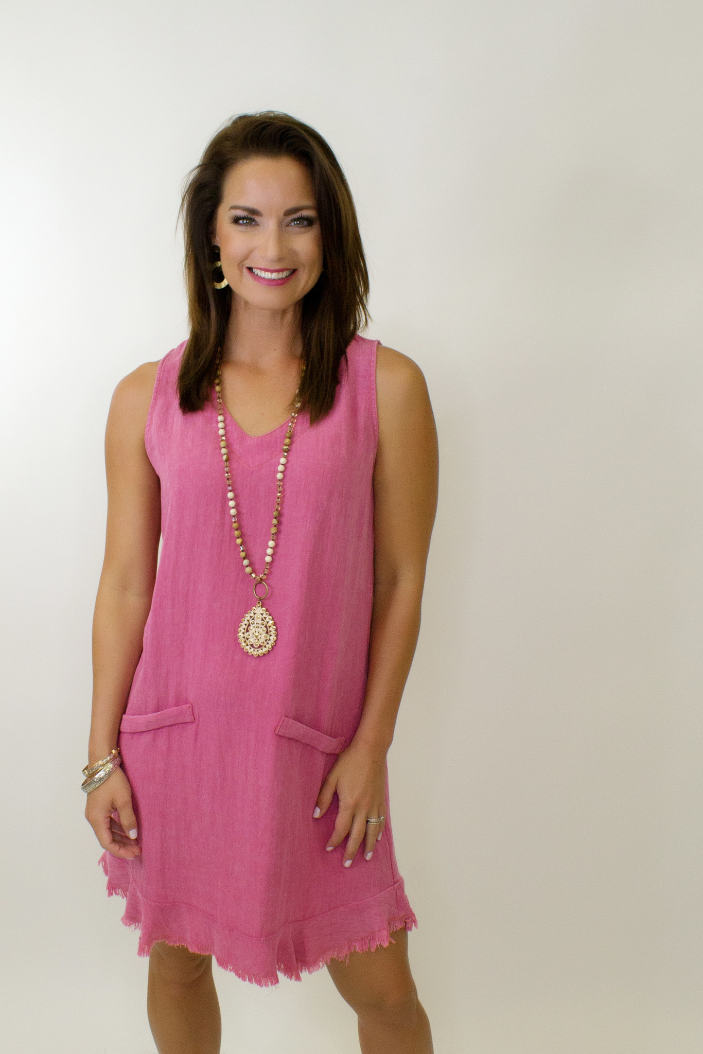Garment Dyed Sleeveless V Neck Dress w/ Pockets