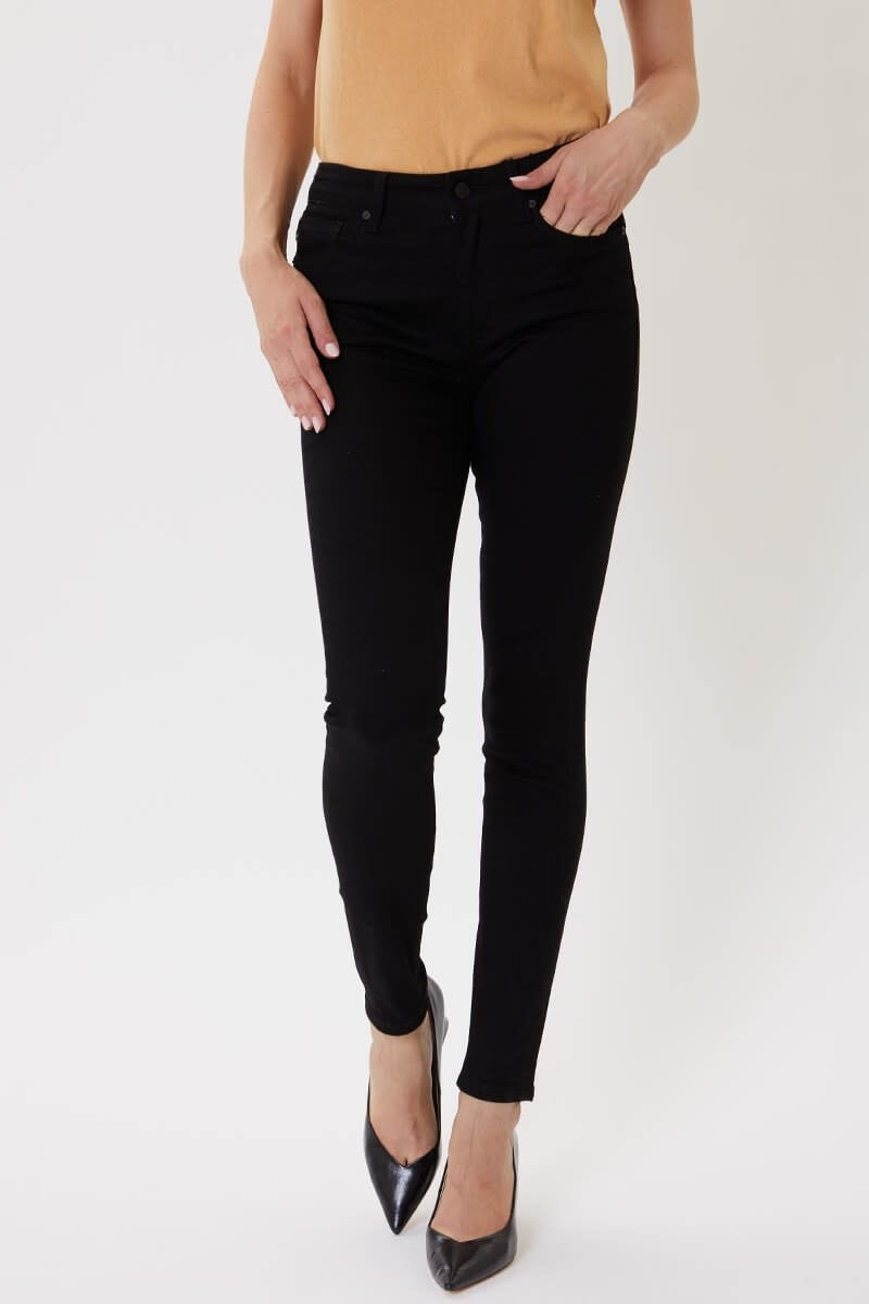 The Ashley Non Distressed Black Skinnies