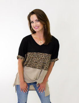 SS Animal Print Colorblocked V Neck Top w/ Front Knot Detail in Black Mix