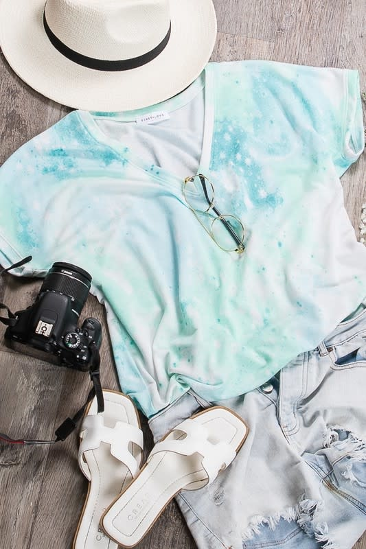 Stand By Me Tie Dye Vneck Top - Pink & Blue