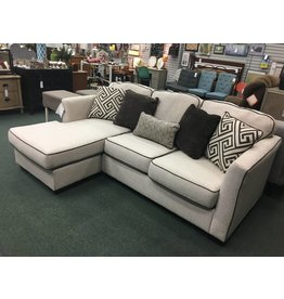 Benchcraft Carlinworth Reversible Sectional