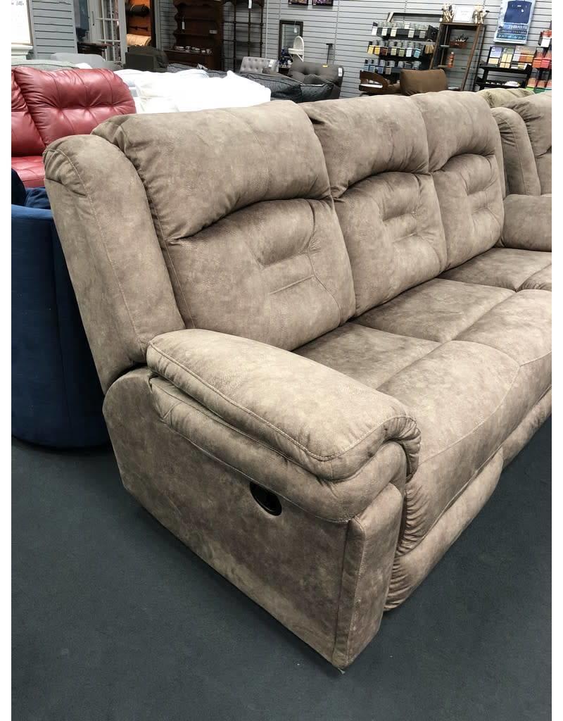 Southern Motion Avalon Reclining Sofa