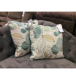 Beachcrest Home Floral Print Throw Pillow