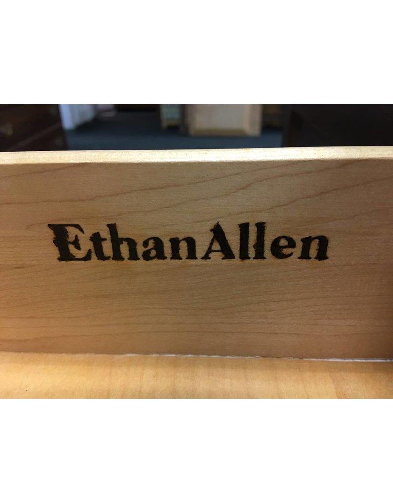 Ethan Allen Small Solid Maple Ethan Allen Colonial Buffet