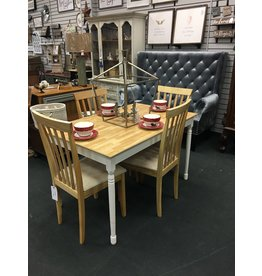 Two Tone Kitchen Table w 4 Chairs