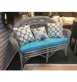 Wicker Loveseat w Cushion