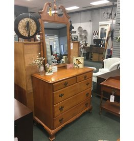 Kling Maple 5 Drawer Dresser w Mirror