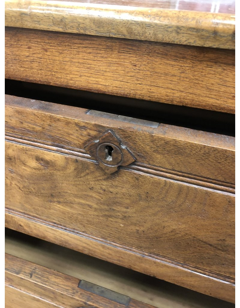 Walnut Victorian 3 Drawer Dresser w Teardrop Pulls