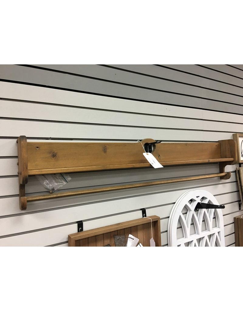 Pine Quilt Rack with Heart Cutout