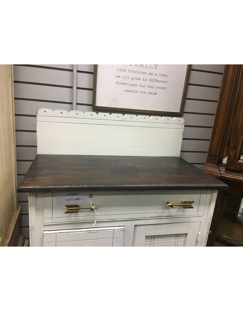 Two Tone Alabaster Painted Washstand w/ Arrow Pulls