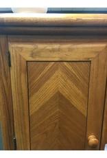 Oak Bachelors Chest w/ Wood Knobs