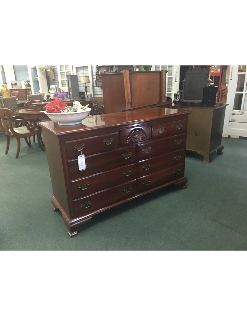 Kling Kling Cherry 9 Drawer Dresser