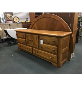 Oak 8 Drawer Dresser