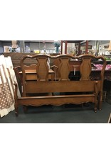 French Provincial Full Size Bed w Woven Back