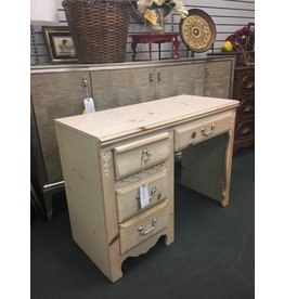 Stanley Furniture Whitewashed 4 Drawer Desk
