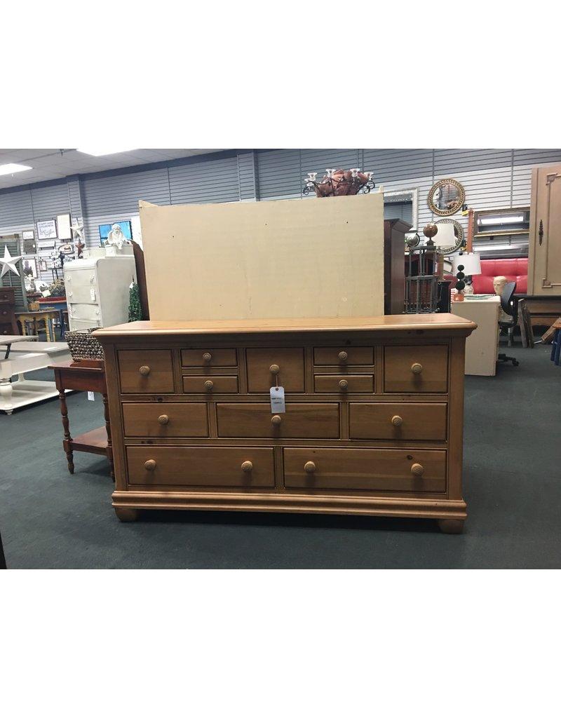 Alexander Julian 11 Drawer Dresser