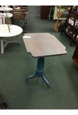 Small Tilt Top Pedestal Table
