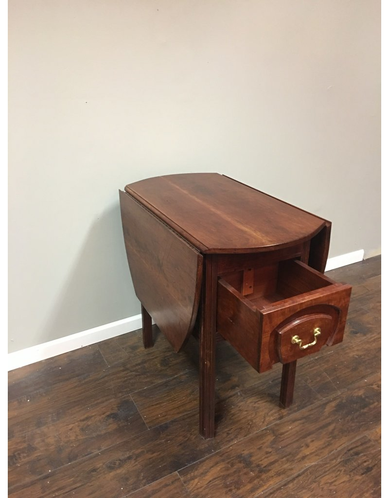 Drop Leaf Table w 1 Drawer