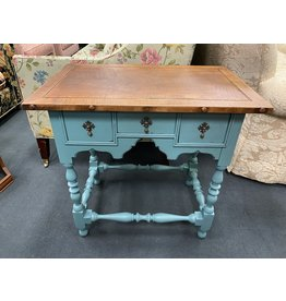 Two Tone Victorian Accent Trestle Table