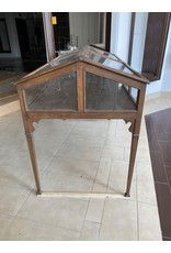 Wood Lift Top Showcase