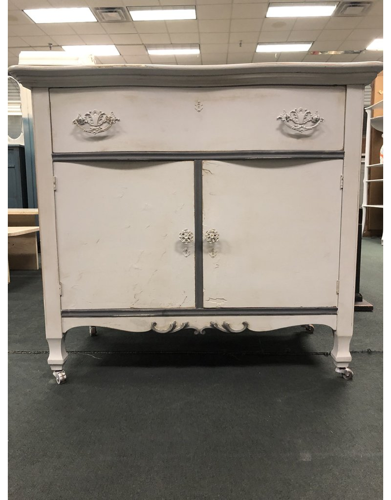 Seagull Gray Painted Washstand