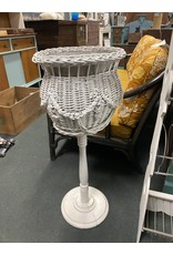 White Wicker Plant Stand w/ Metal Insert