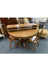 Round Oak Table w/ 2 Chairs and 2 Leaves