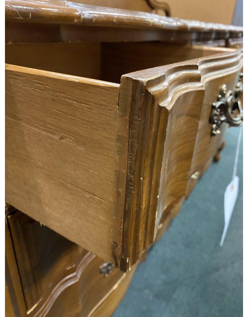 French Style 9 Drawer Dresser