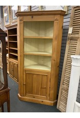 Farm Style Rustic Corner Bookshelf