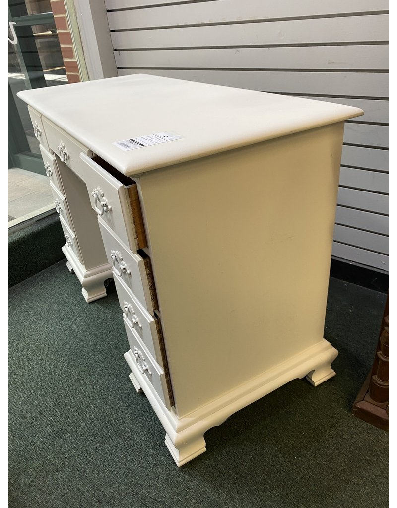 White Painted Kneehole Desk