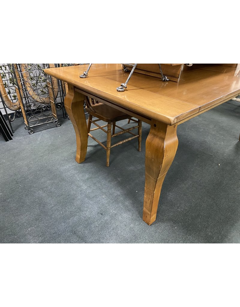 Pottery Barn Extending Dining Table w/ 2 Leaves