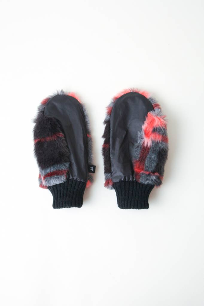 Snow Drift Mittens