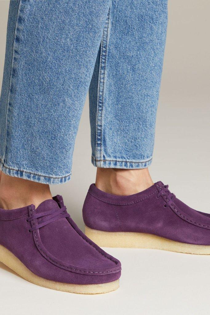 Clarks Clarks Suede Wallabee Shoe in Deep Purple